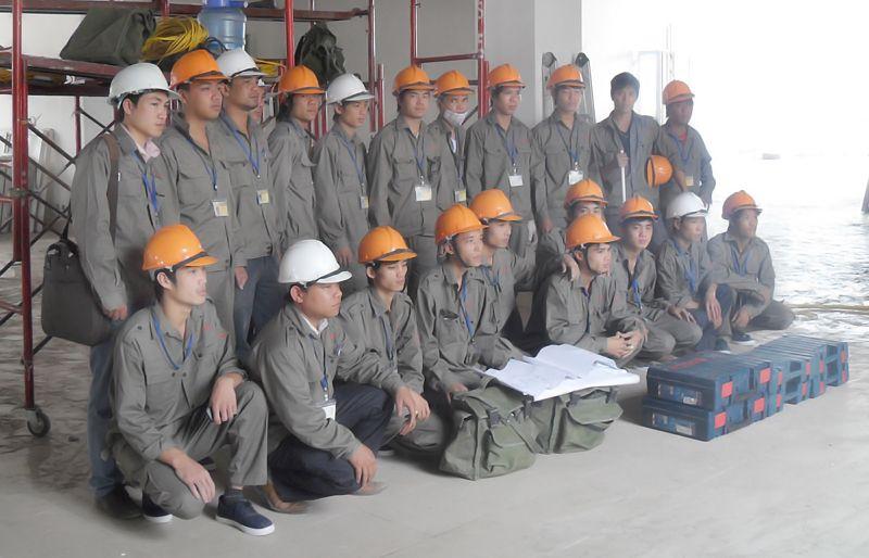 Lắp đặt cửa cuốn uy tín tại Thanh Xuân