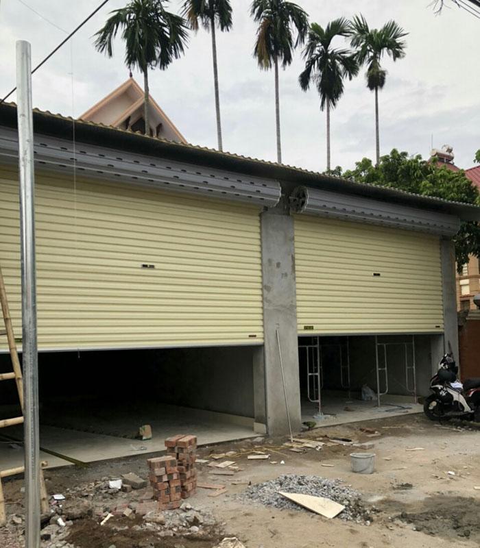 Lắp cửa cuốn cửa hàng tại Phương Canh